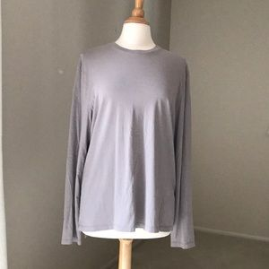 Banana Republic fitted crew taupe long sleeve top.
